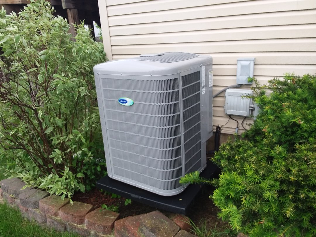South Elgin, IL - Cleaned and checked a/c