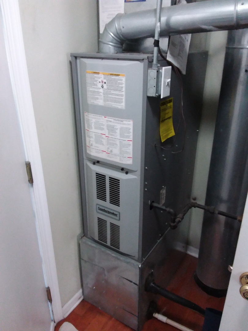 Montgomery, IL - Installation of new carrier furnace replacing old comfort maker furnace