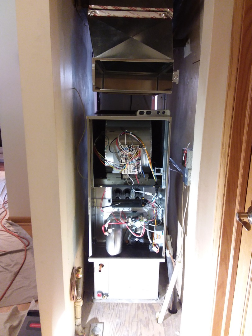 Crestwood, IL - Carrier furnace replacement