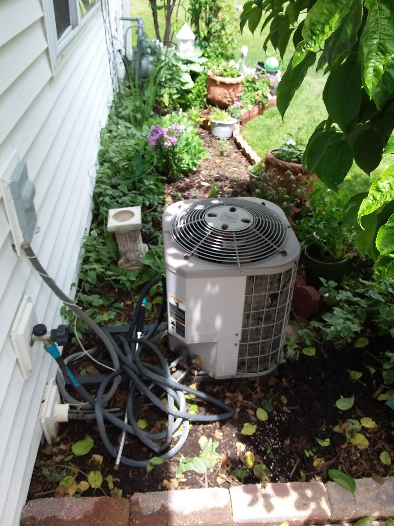 Plainfield, IL - Installation of new carrier air conditioner replacing old carrier air conditioner