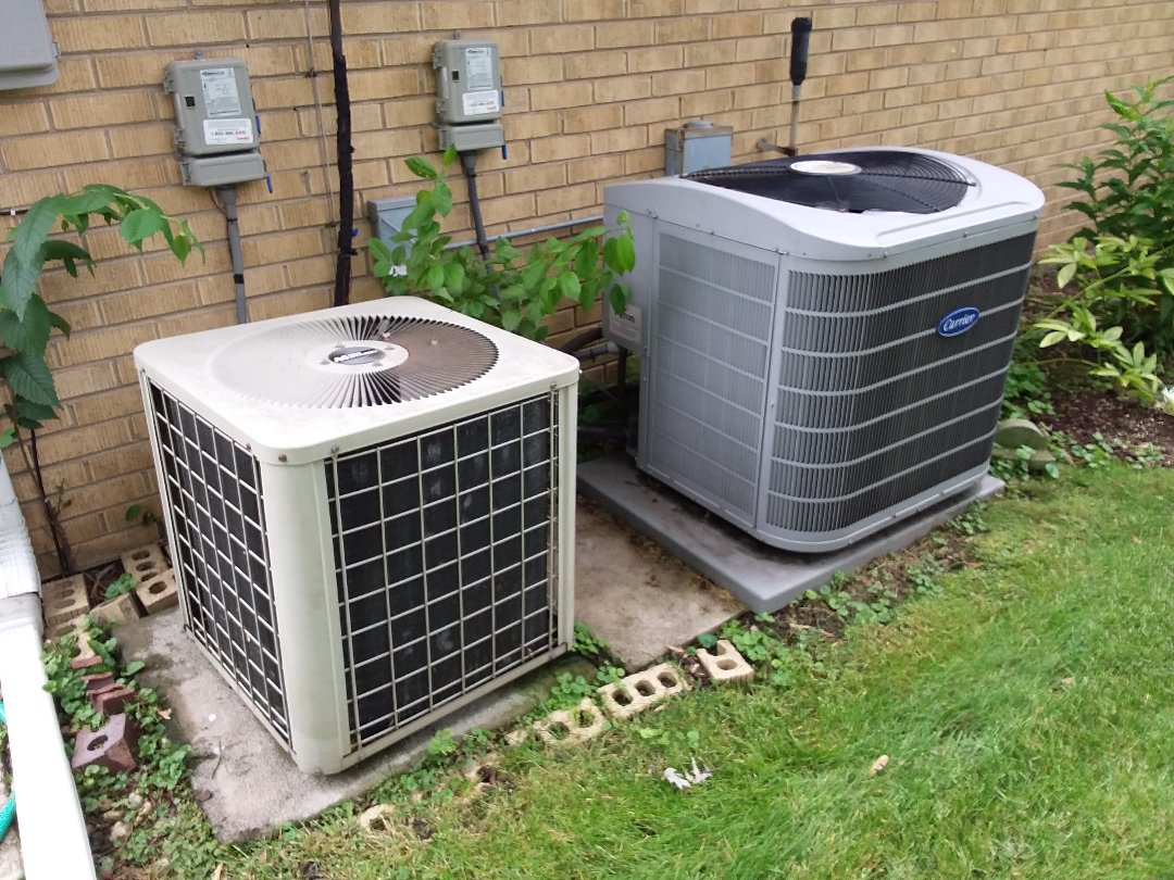 Skokie, IL - Cleaned and checked 2 a/c systems