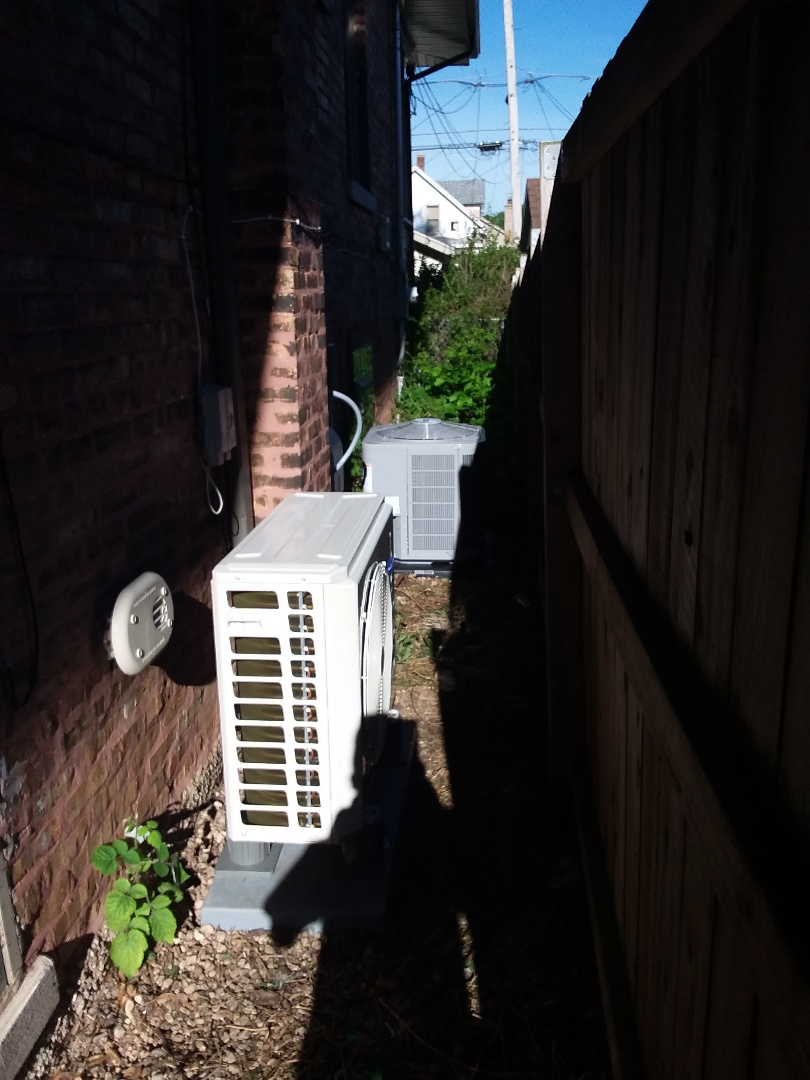 Chicago, IL - Carrier condensing units  install