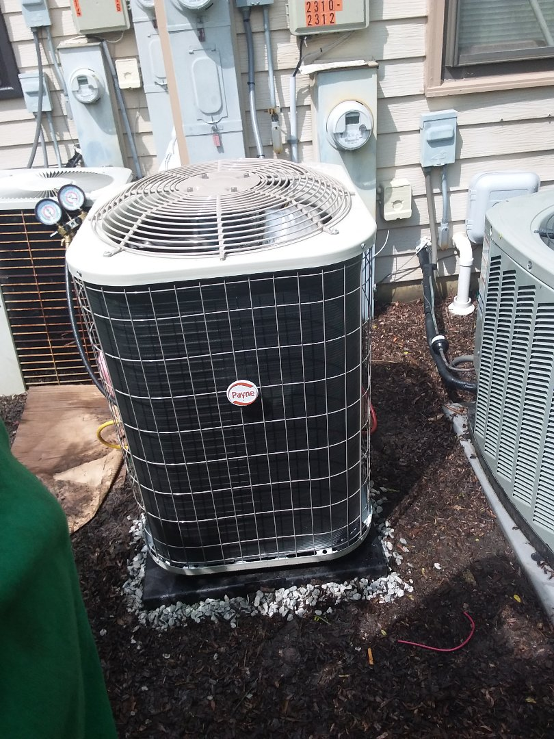 Buffalo Grove, IL - Installation of Payne air conditioner and furnace