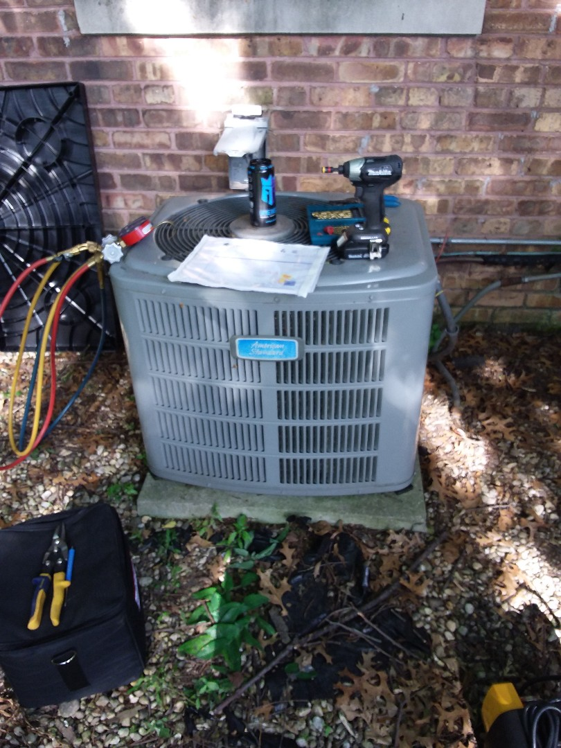 Oak Lawn, IL - Condenser and  coil change out