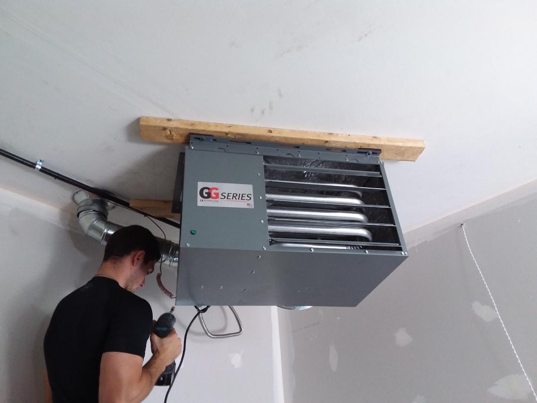 New Lenox, IL - Hanging garage heater