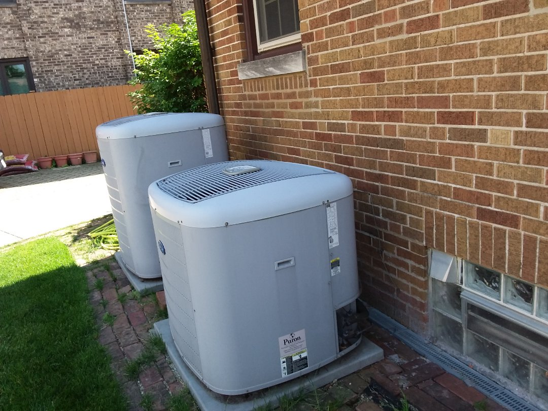 River Forest, IL - Cleaned and checked 2 a/c systems