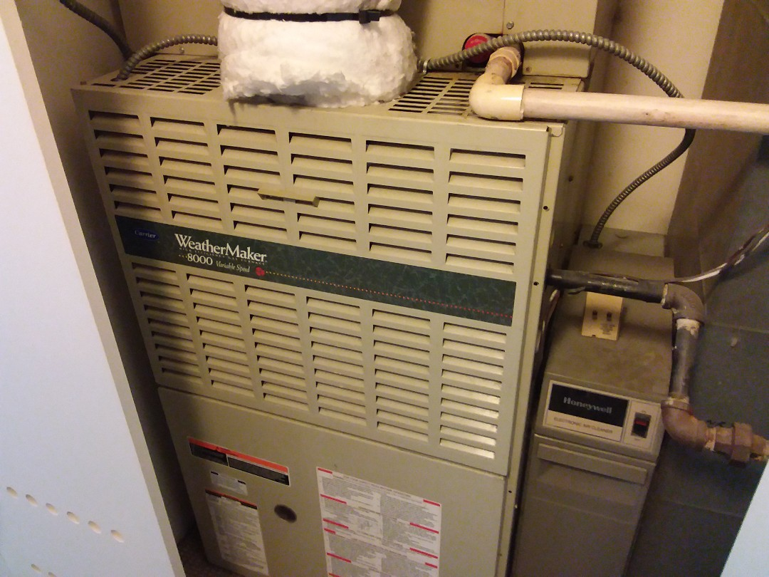 Evanston, IL - Cleaned and checked a/c