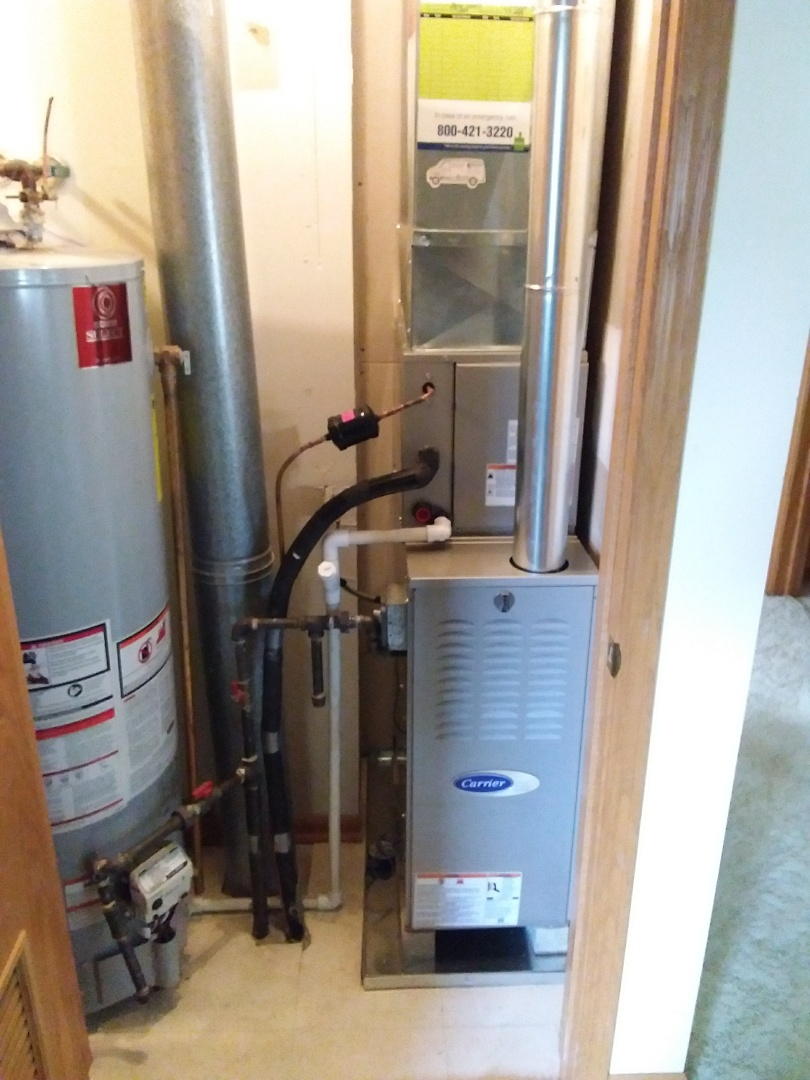 Crestwood, IL - Installation of new carrier furnace replacing old carrier furnace
