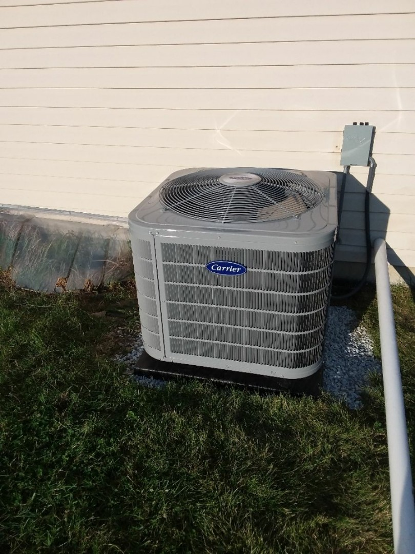 Lansing, IL - Condenser/Coil install