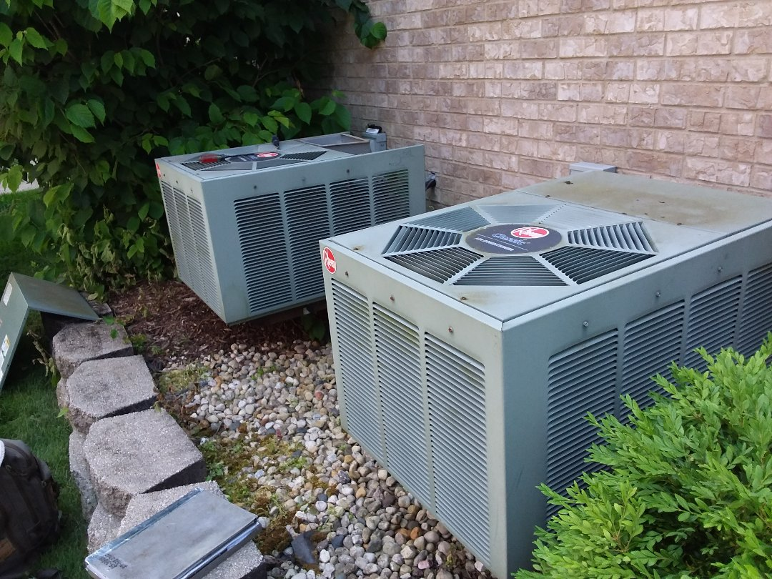 Palatine, IL - Cleaned and checked 2 a/c