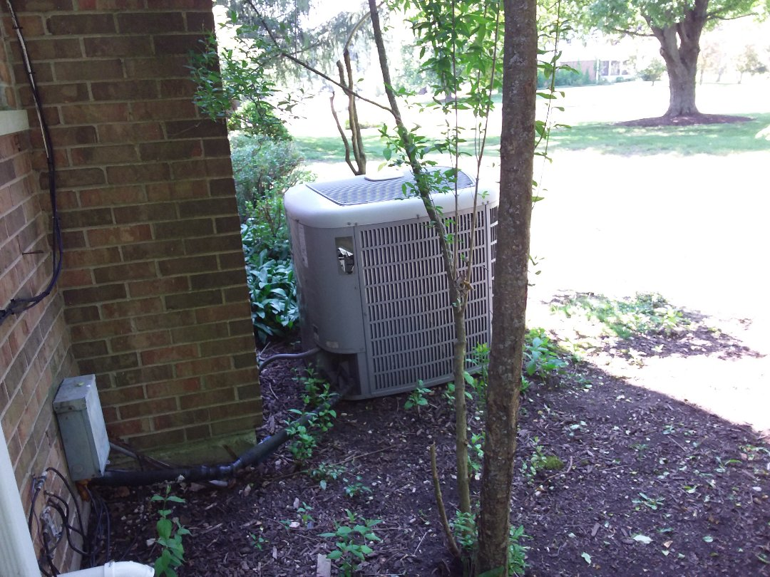 Barrington, IL - Cleaned and checked a/c
