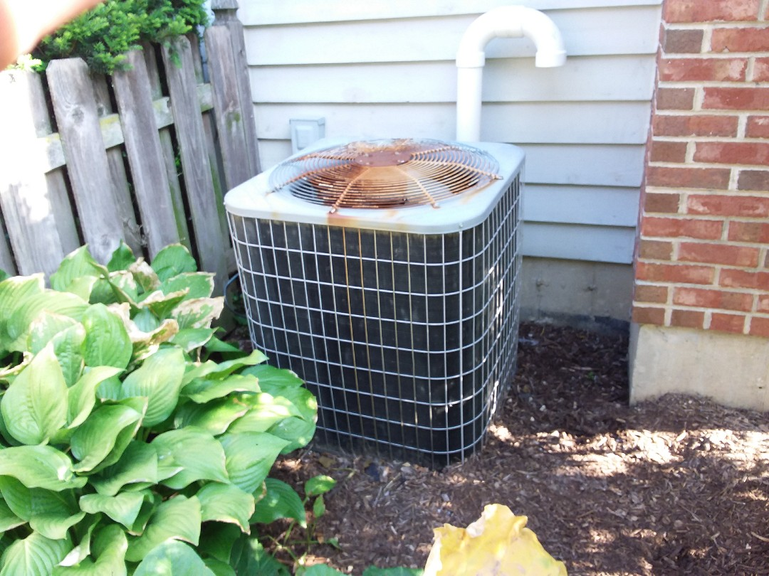 Carol Stream, IL - Installation of new Payne air conditioner replacing old carrier air conditioner