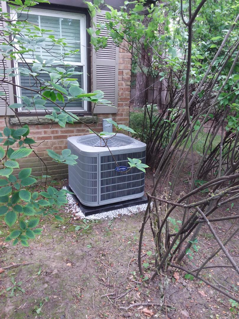 Northfield, IL - Installation of Carrier Air Conditioner