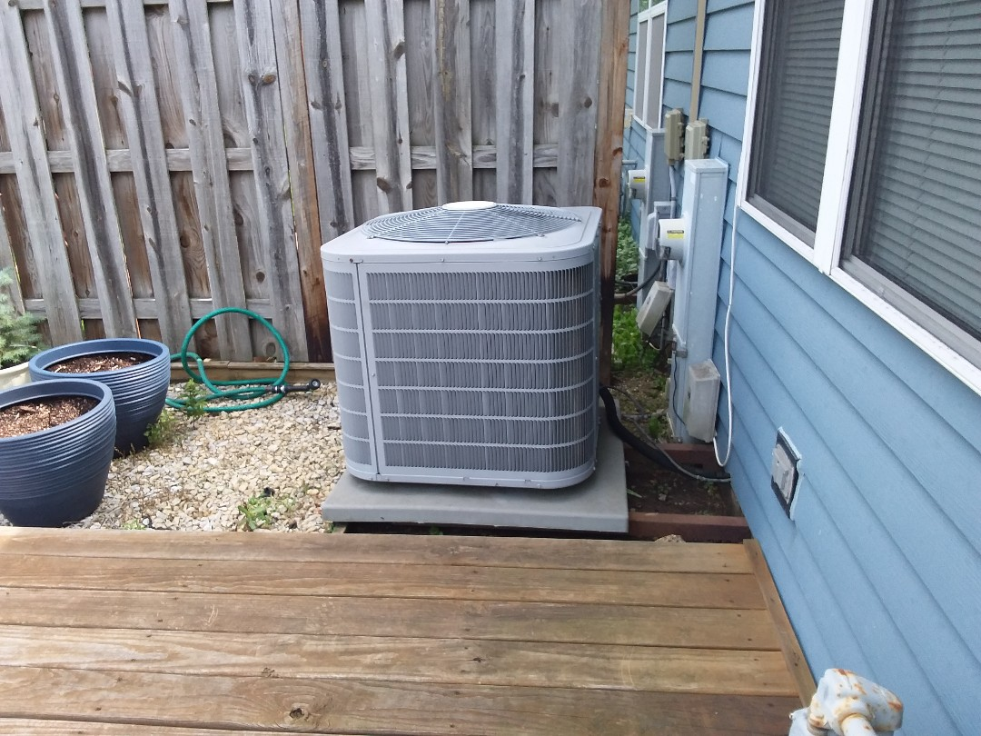 Arlington Heights, IL - Cleaned and checked a/c