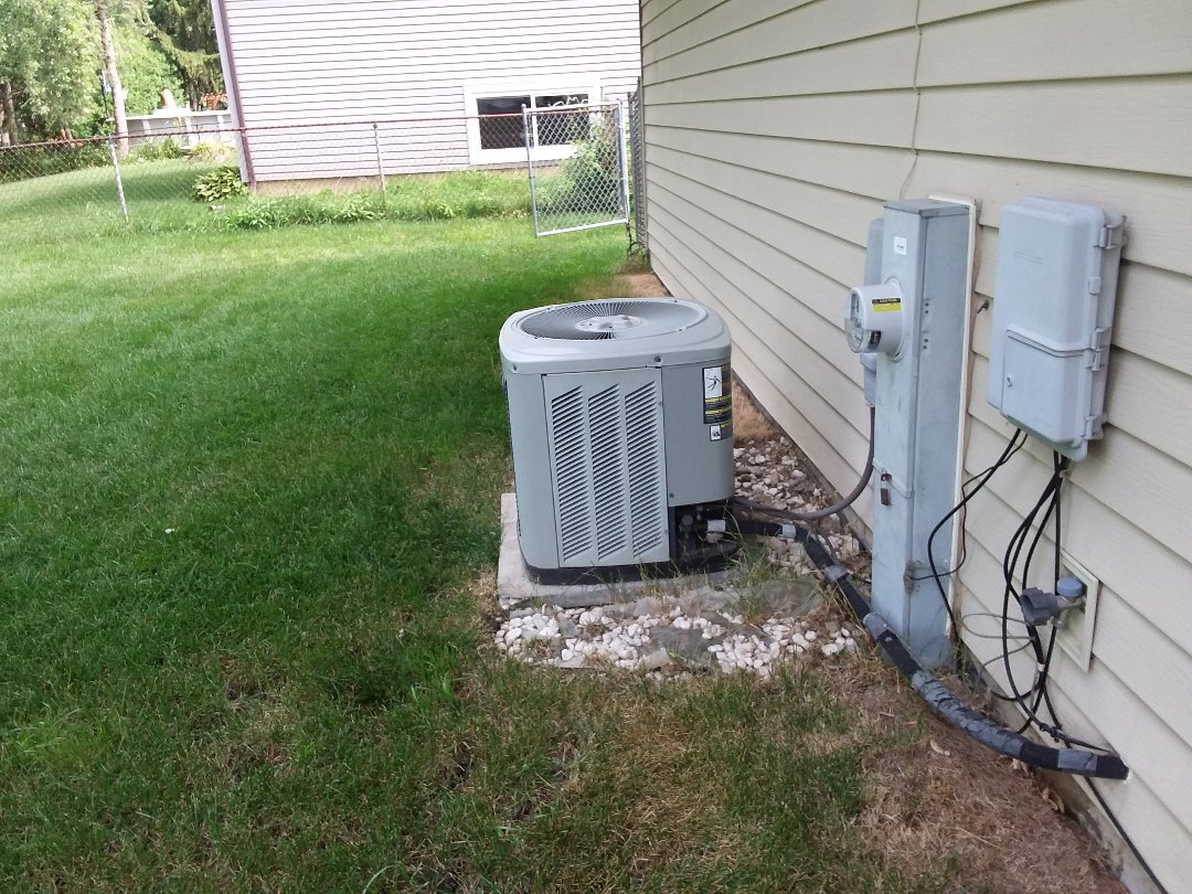 Hanover Park, IL - Cleaned and checked a/c