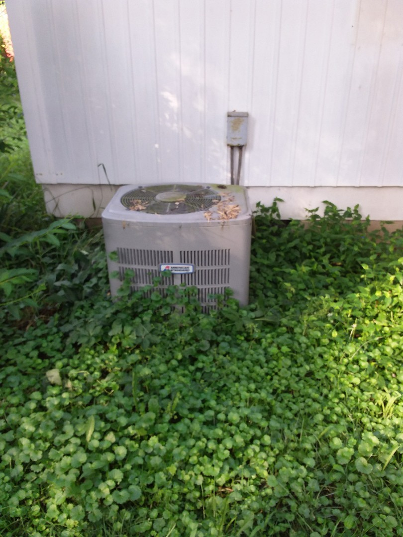 Joliet, IL - Installation of new carrier air conditioner replacing old American standard air conditioner