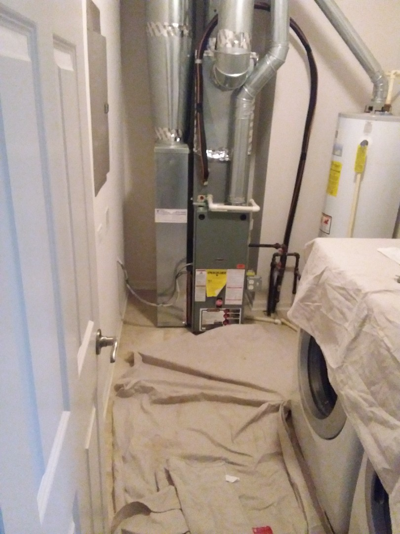 Glen Ellyn, IL - Installation of new carrier furnace replacing old rheem furnace