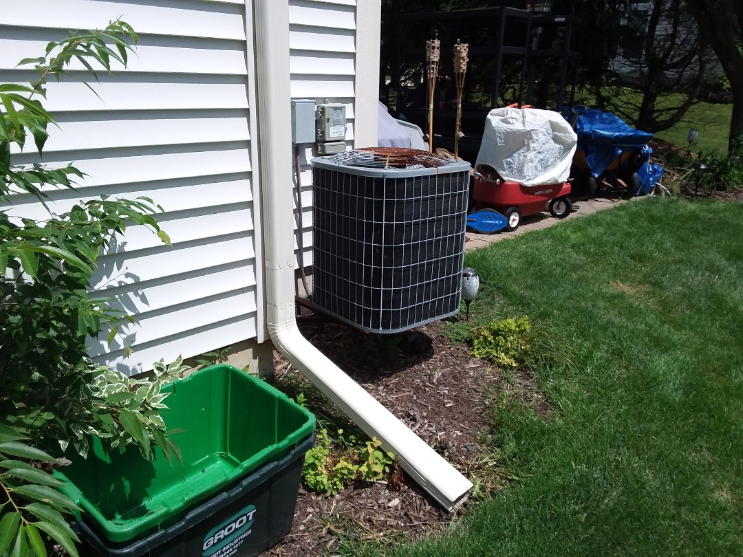 Hoffman Estates, IL - Cleaned and checked a/c