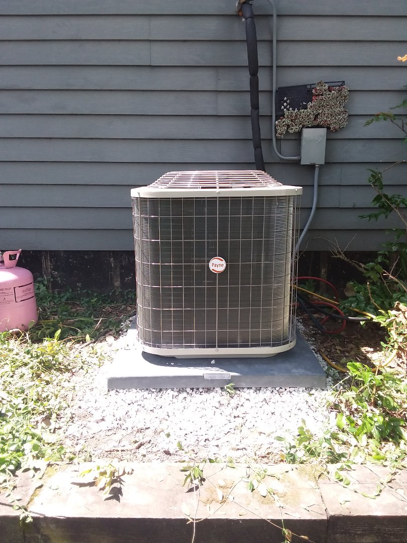 Downers Grove, IL - Installation of Payne air conditioners