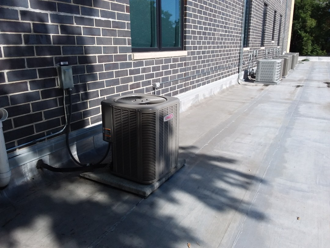 Chicago, IL - Cleaned and checked a/c