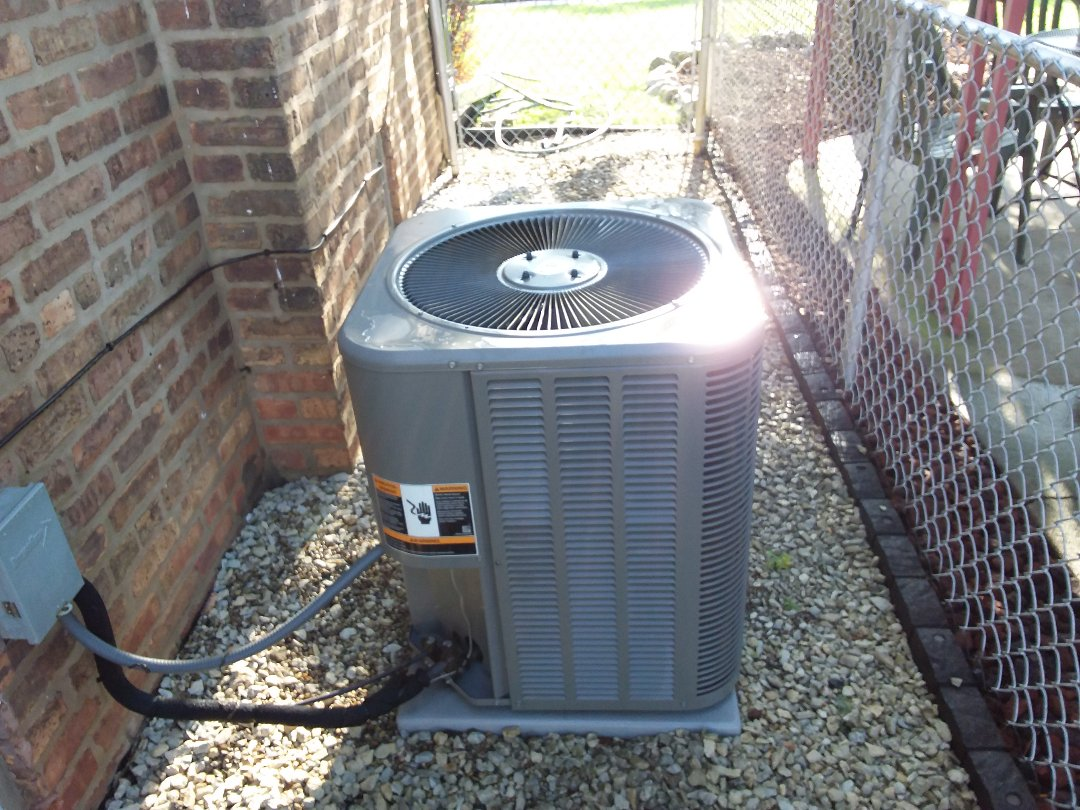 Franklin Park, IL - Cleaned and checked a/c
