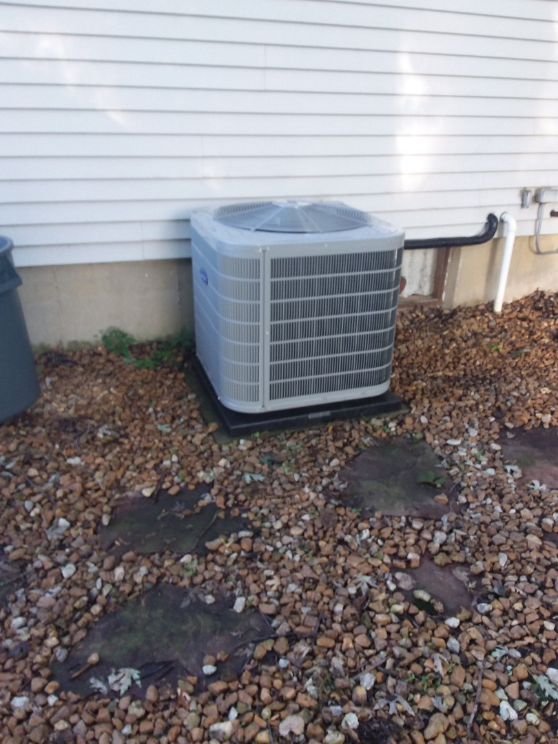 New Lenox, IL - Carrier condensing unit replacement