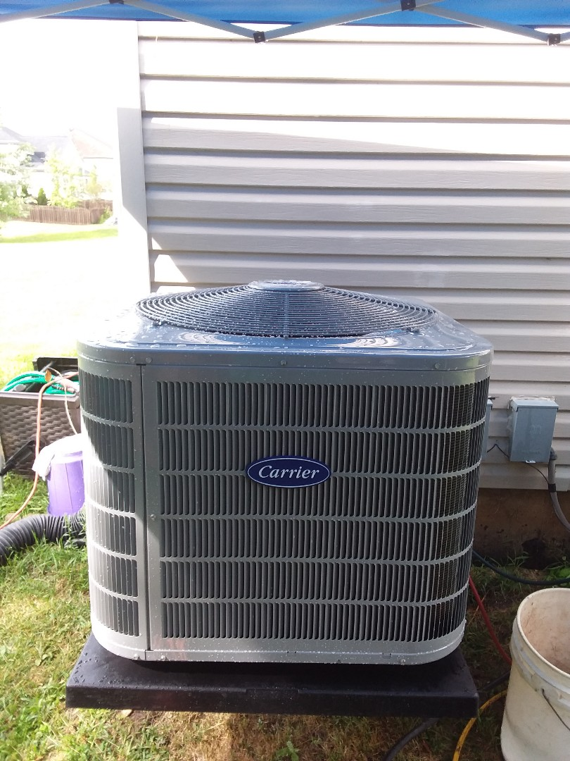 Bolingbrook, IL - Sedation of Carrier Air Conditioner