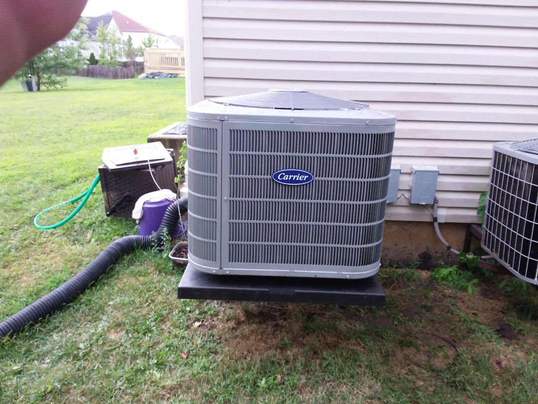 Bolingbrook, IL - Installation of new carrier air conditioner replacing old carrier air conditioner