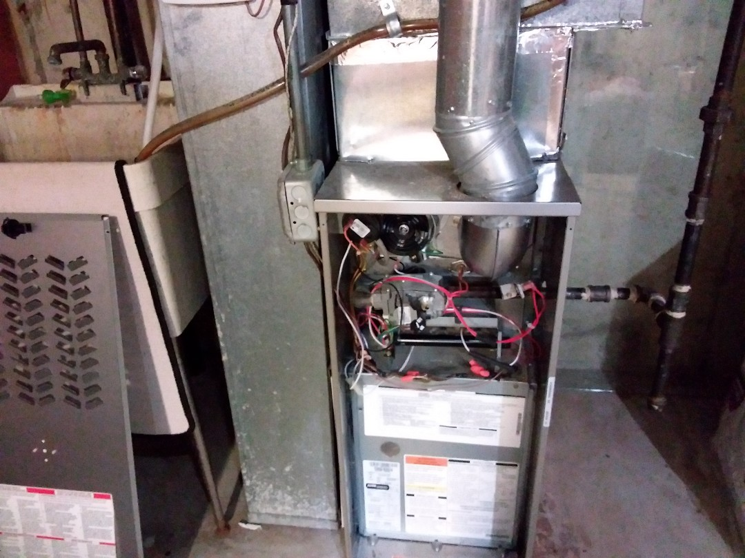 Elgin, IL - Cleaned and checked furnace and humidifier