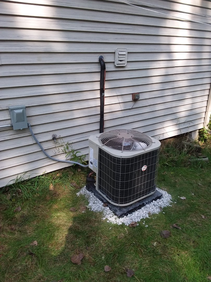 Oak Forest, IL - Install of Payne condenser