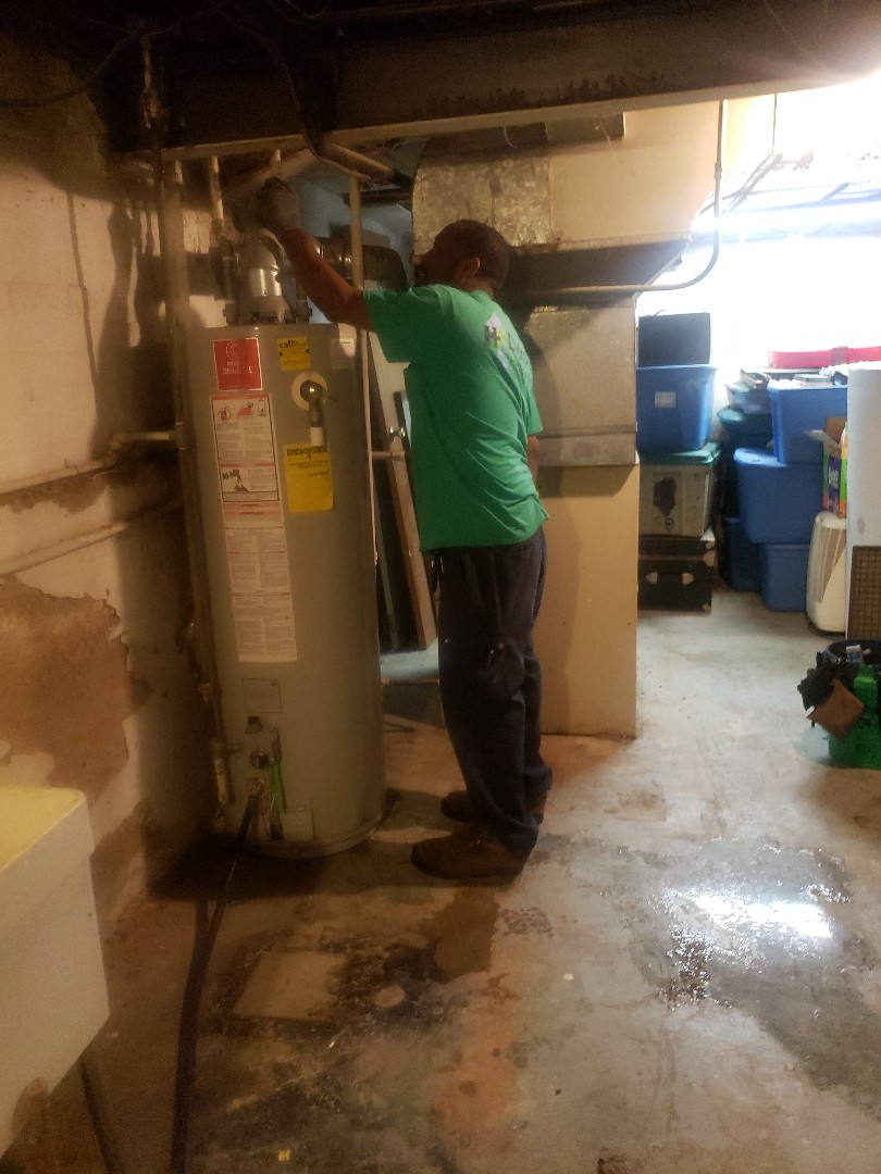 Evergreen Park, IL - New carrier furnace and hot water tank replacement