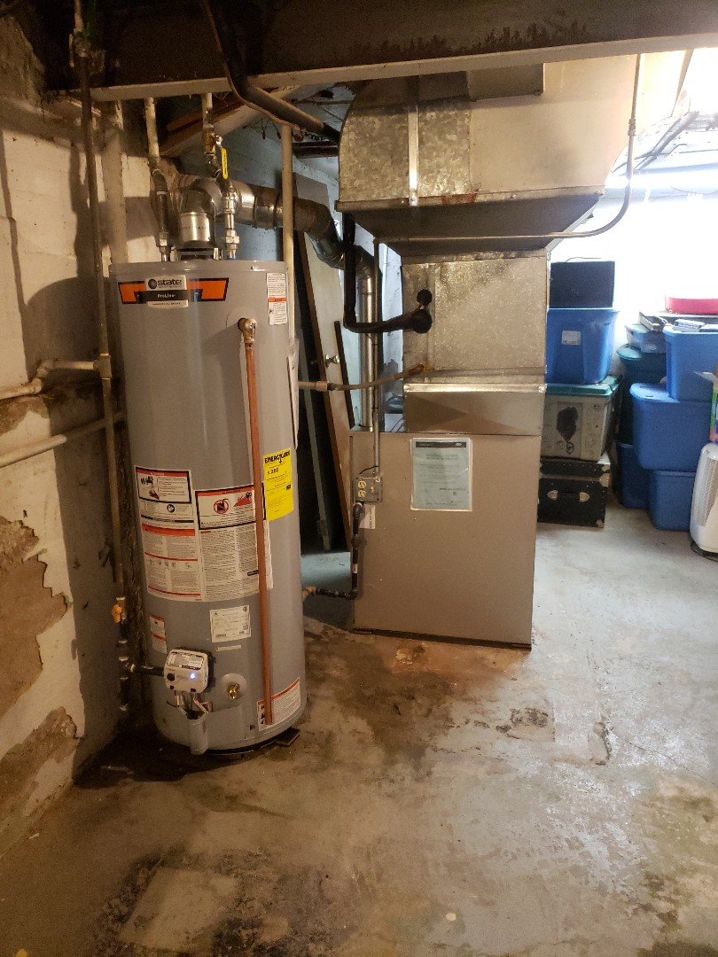 Evergreen Park, IL - Carrier furnace and hot water tank replacement