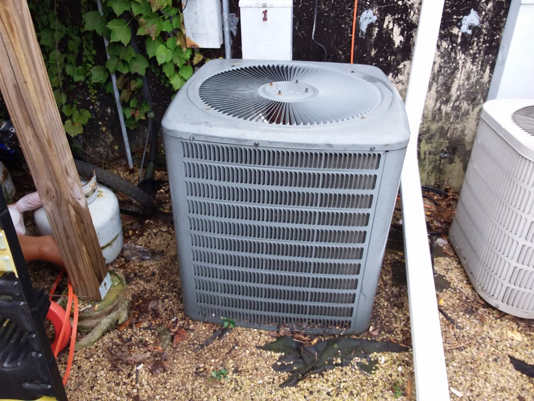 Roselle, IL - Cleaned and checked furnace and a/c
