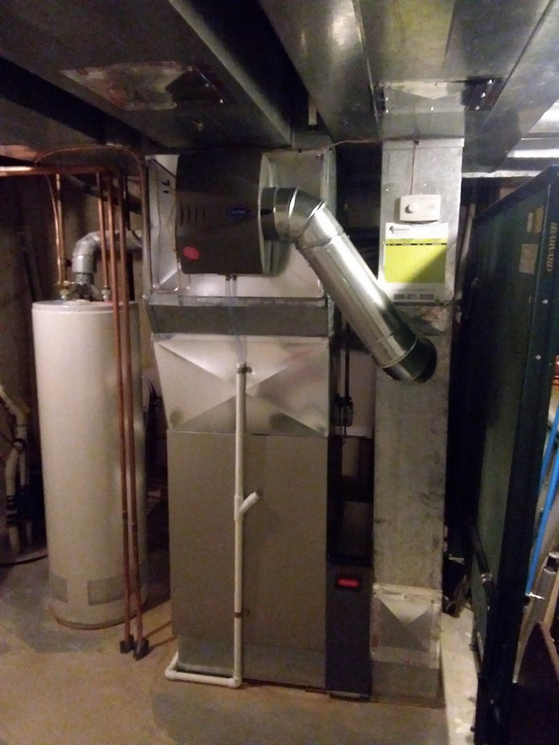 Hoffman Estates, IL - Installation of new carrier furnace replacing old trane furnace