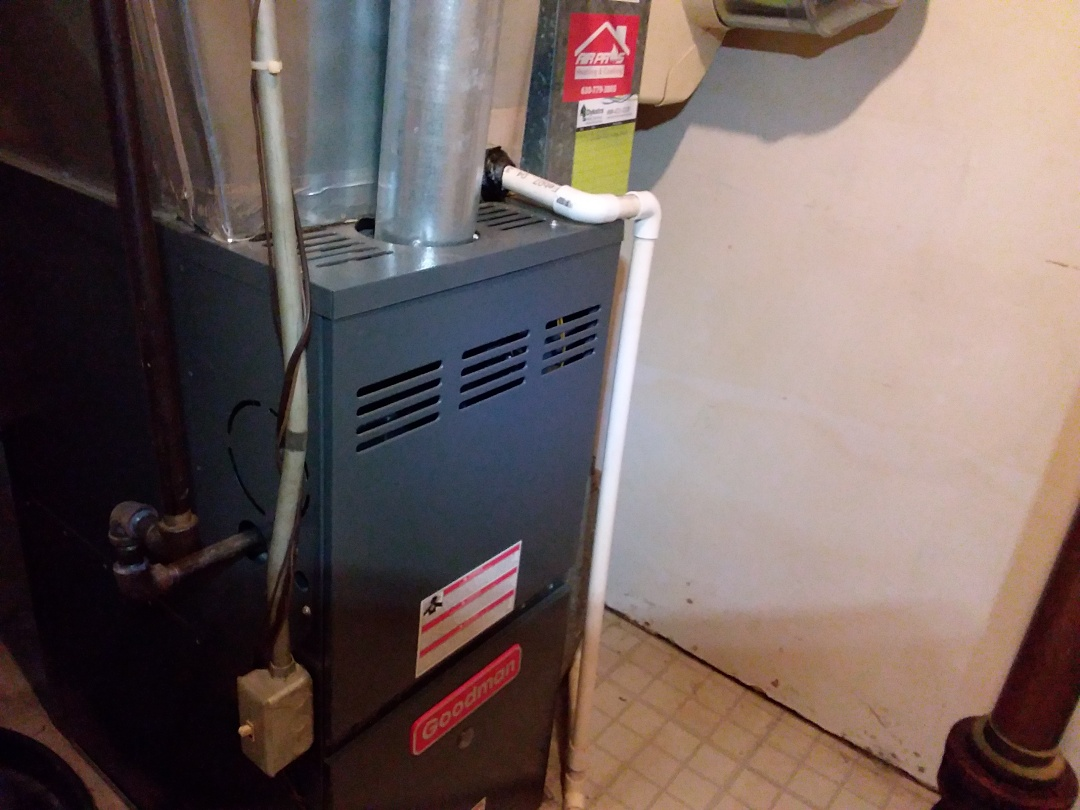 Glendale Heights, IL - Cleaned and checked furnace and humidifier