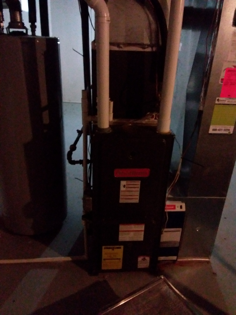 Mount Prospect, IL - Installation of new carrier furnace replacing old Goodman furnace