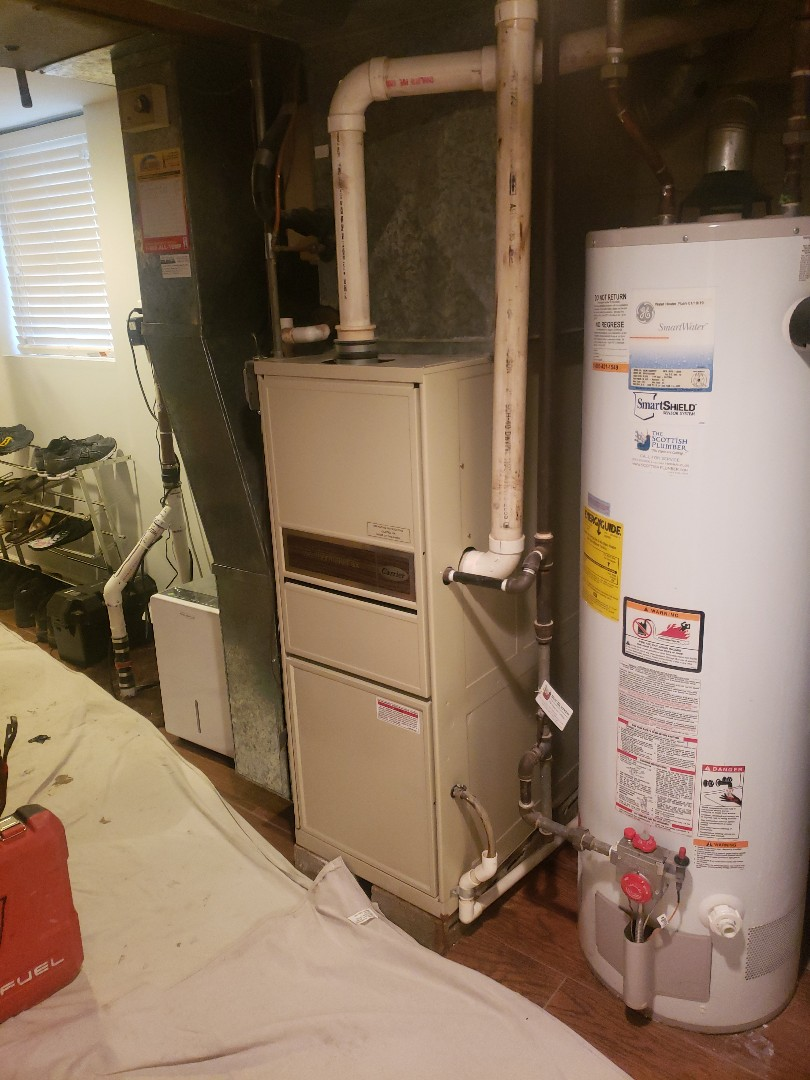 Oak Lawn, IL - Carrier furnace and air conditioner installation replacing carrier furnace and air conditioner