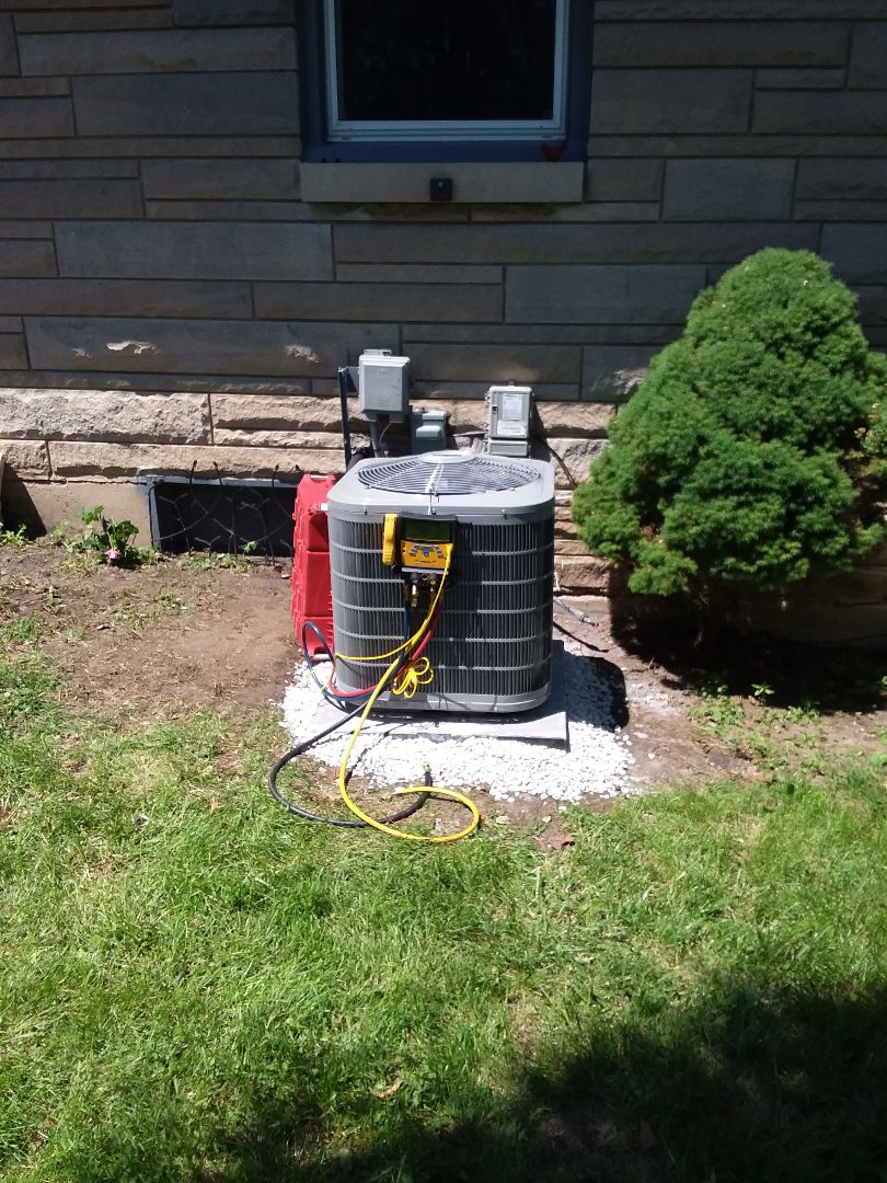 Joliet, IL - Install of a ac unit carrier
