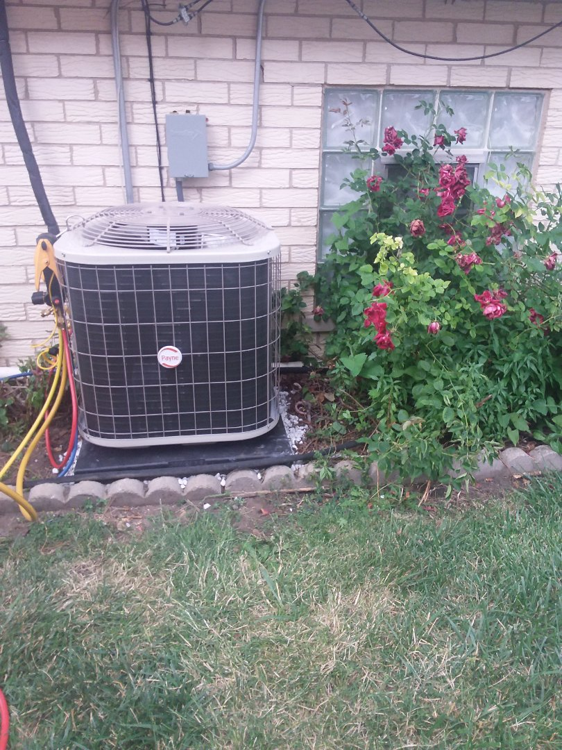 Midlothian, IL - Installation of Payne air conditioner