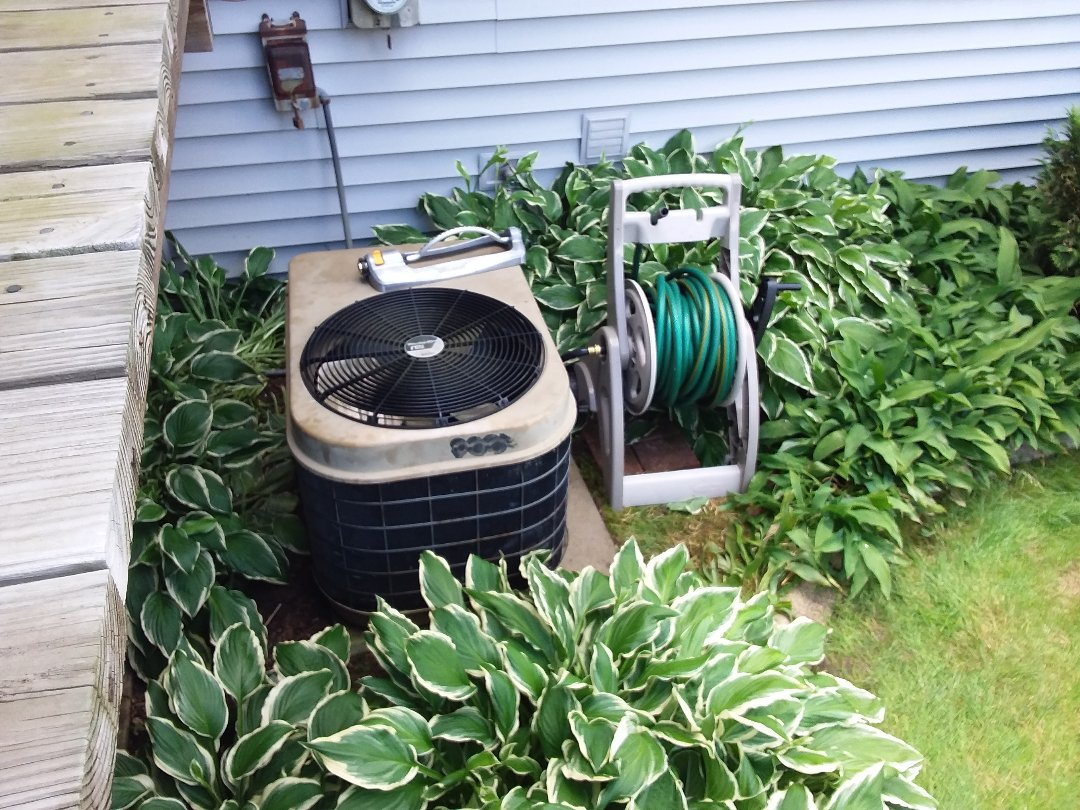 Woodridge, IL - Cleaned and checked a/c