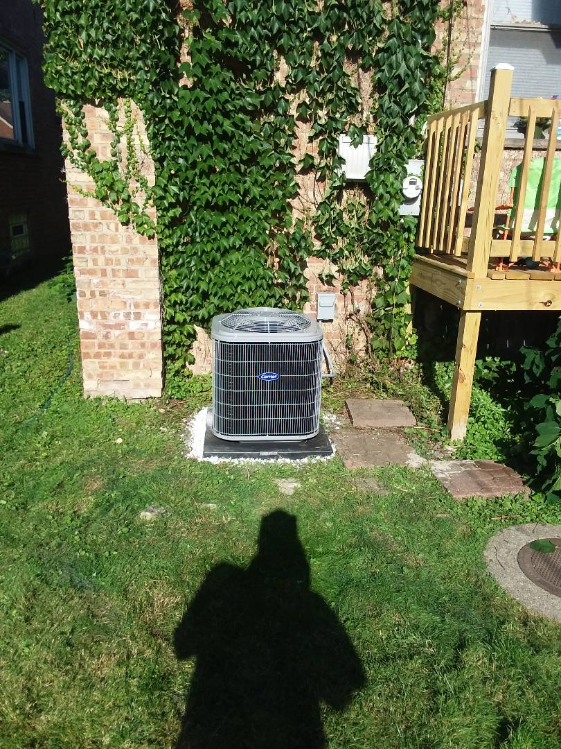 Glenwood, IL - Installation of Carrier Air Conditioner