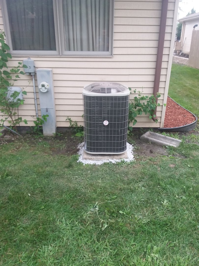 Country Club Hills, IL - Installation of Payne air conditioner and furnace
