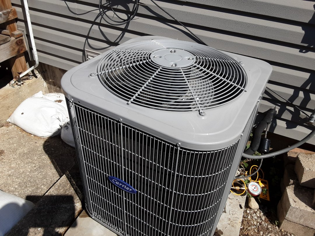 Elmhurst, IL - Clean and check a/c