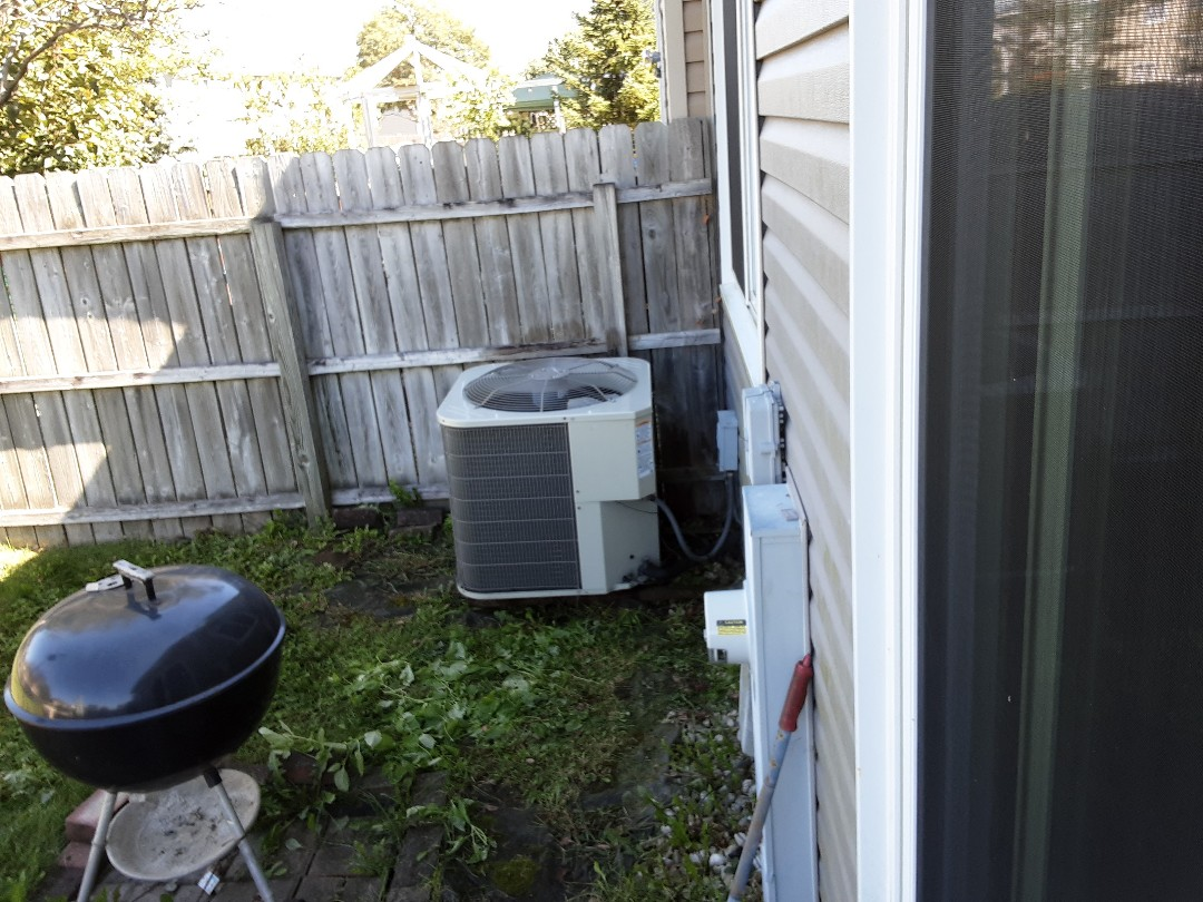 Schaumburg, IL - Cleaned and checked furnace and a/c