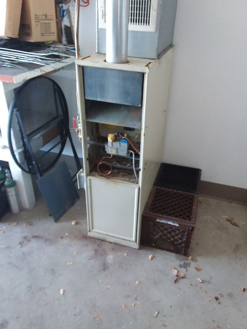 Crestwood, IL - Installing new carrier furnace replacing old bryant