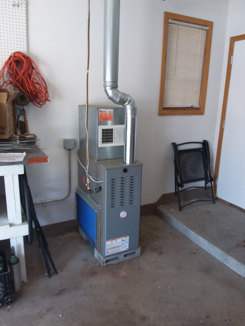Crestwood, IL - Installing new Payne furnace in place of old Bryant furnace