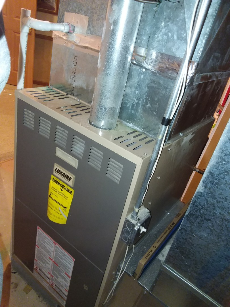 Orland Park, IL - Installing new carrier furnace replacing old  lux aire