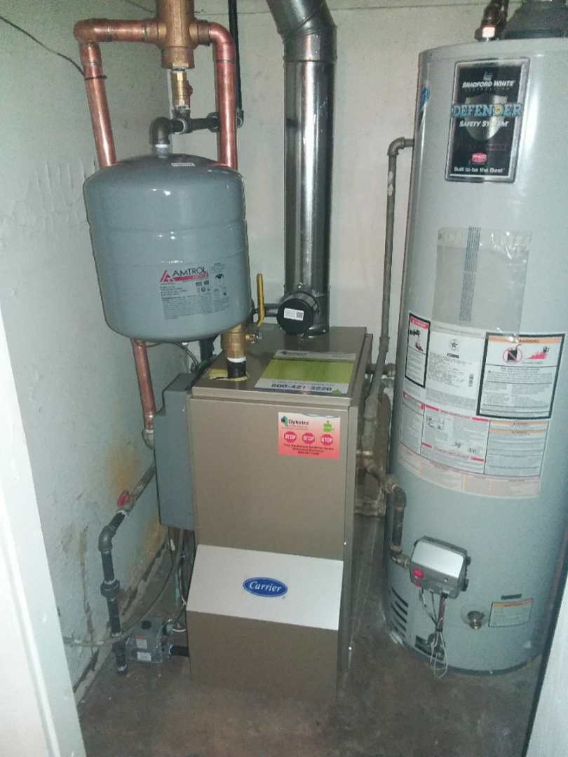Evergreen Park, IL - Installation of a boiler in Evergreen Park.