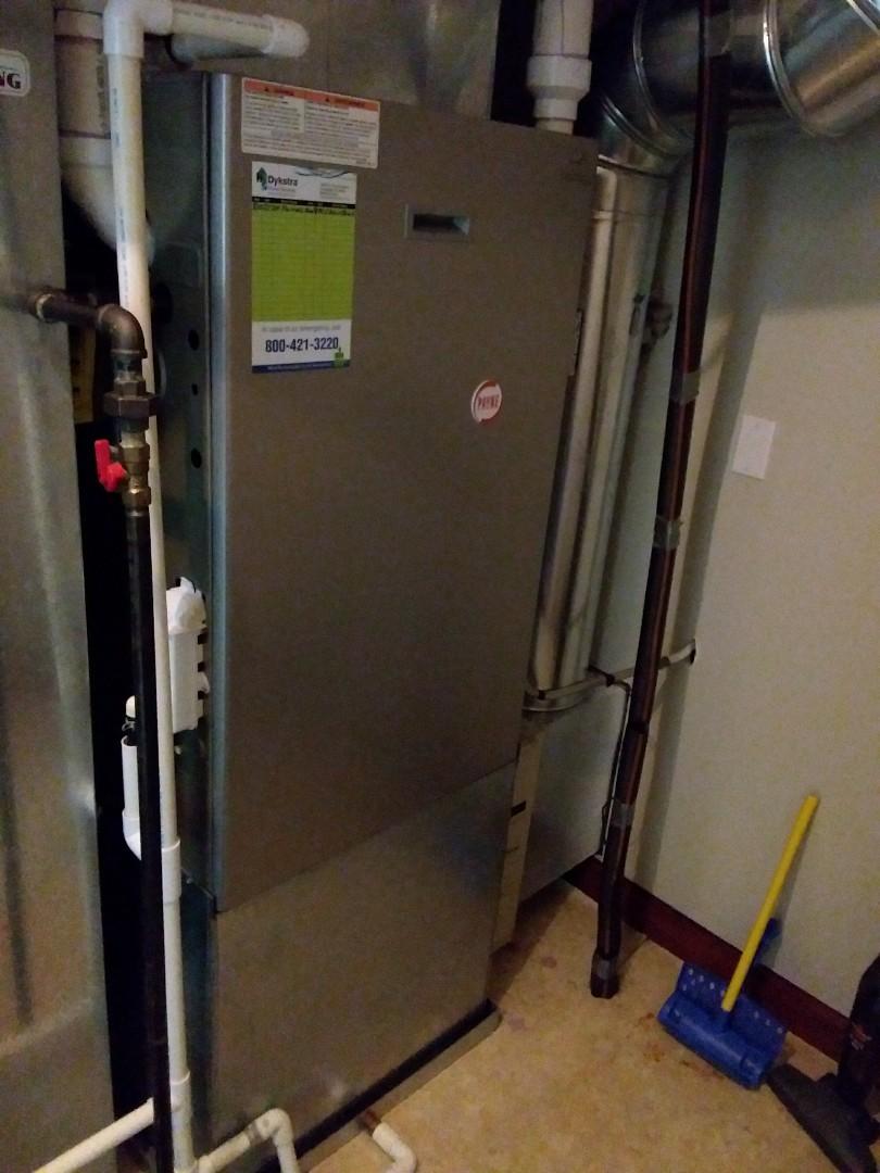 Orland Park, IL - Repairing  Payne furnace