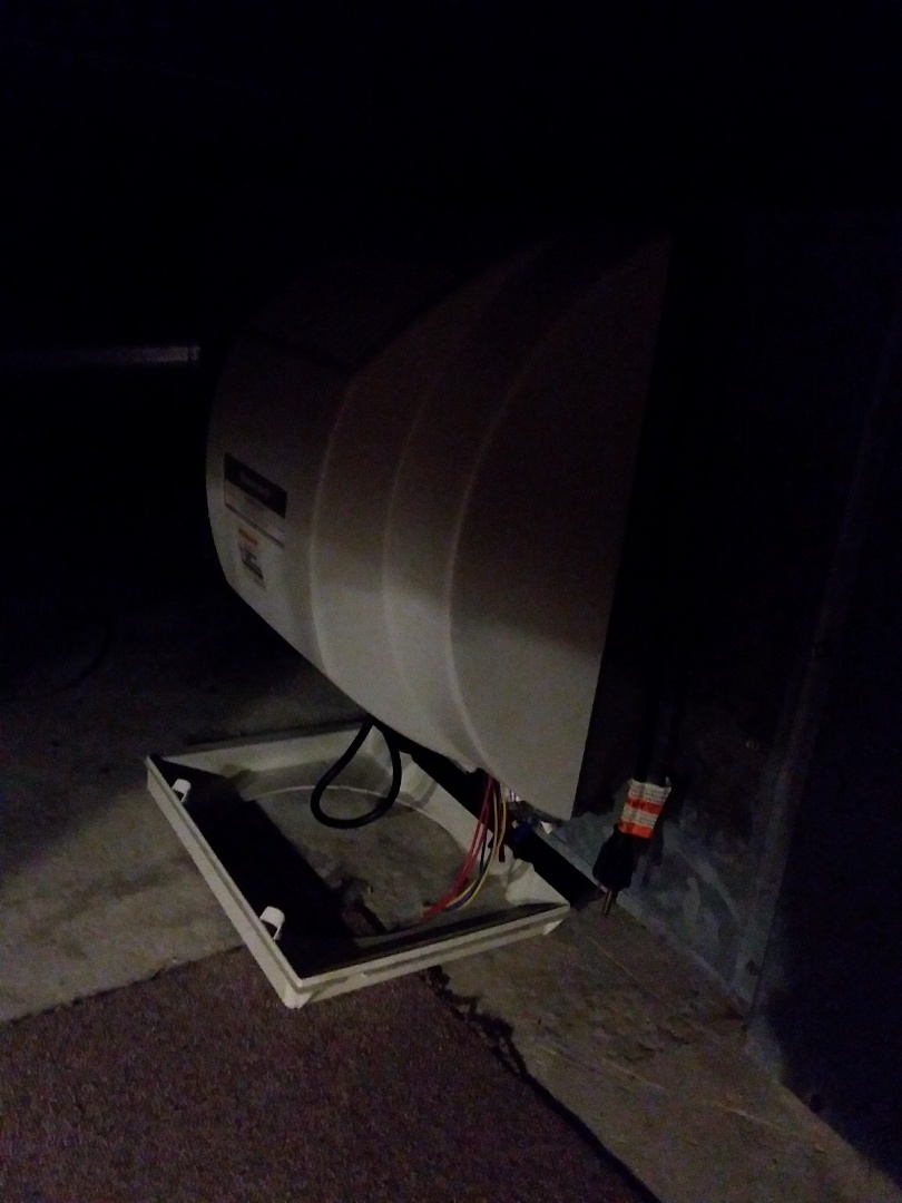 Oak Forest, IL - Carrier humidifier installation.  Replacing Honeywell humidifier